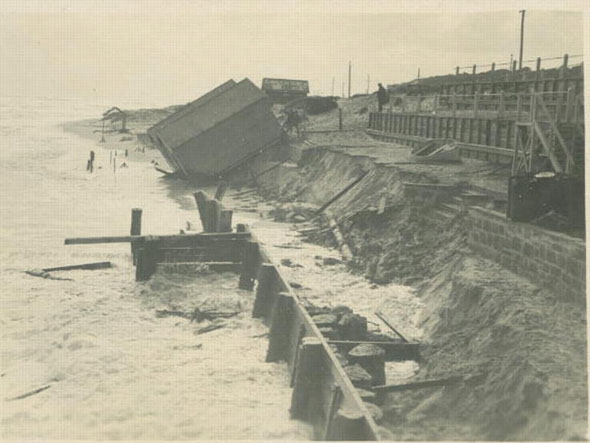 Cottesloe Beach after storms in 1927. Photo from The Grove.
