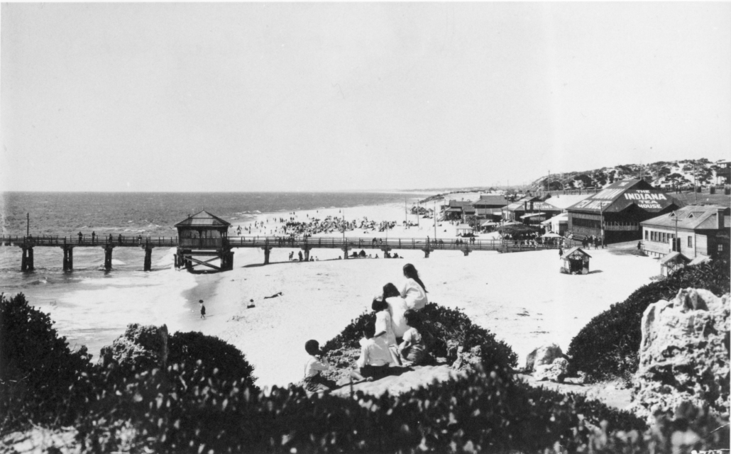 Cottesloe Beach from Mudurup Rocks 1920